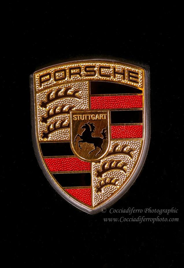Porsche GT2 Emblem