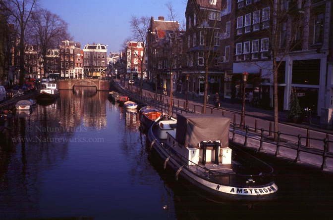 AmsterdamCanal2_OUT